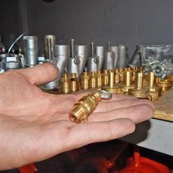 Клапан предохранительного компрессора штукатурной станции - фото 5683