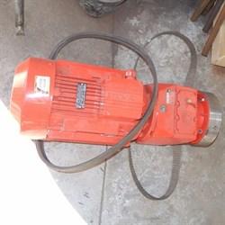 Мотор редуктора штукатурной станции 380 V, 7.5 kW, 200 об/мин. - фото 5820
